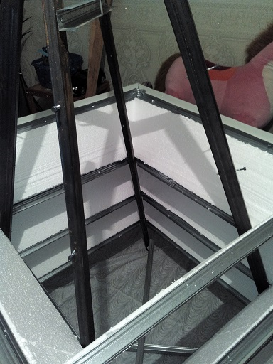 пирамида для виктории своими руками - фото трех ярусов изнутри