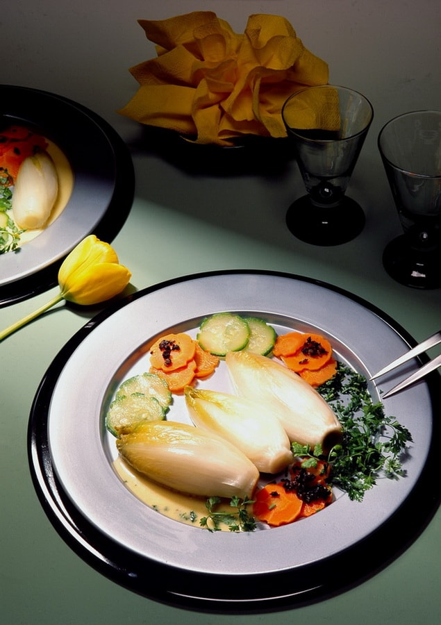 цикорий салатный белый фото