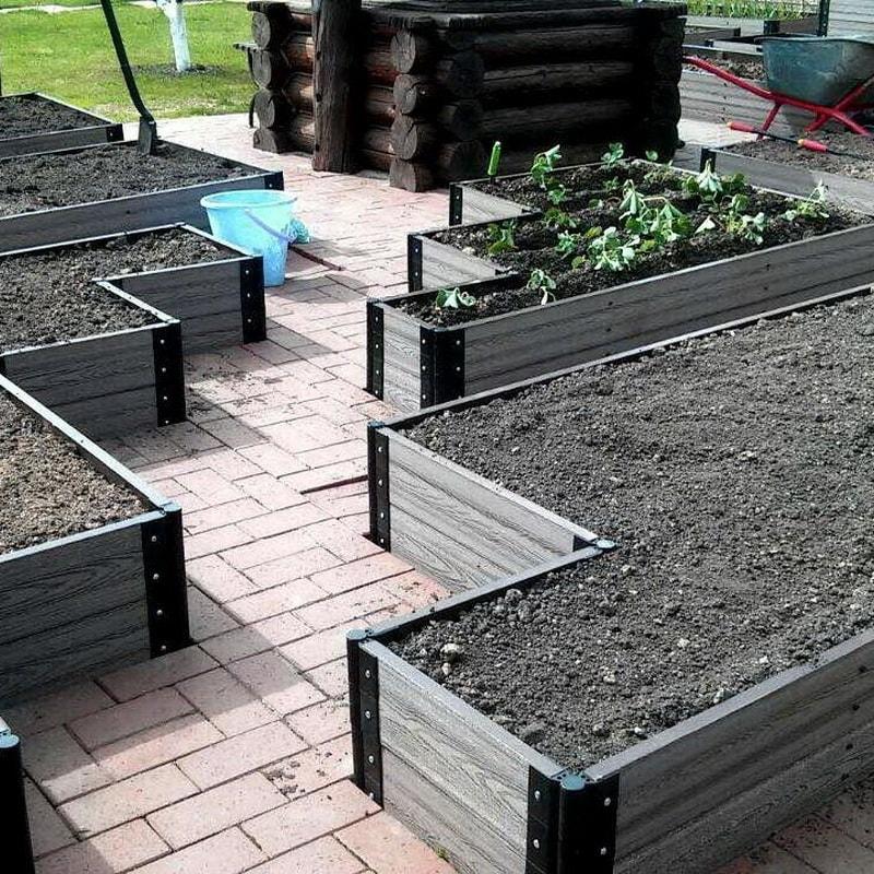 огород из композитных досок